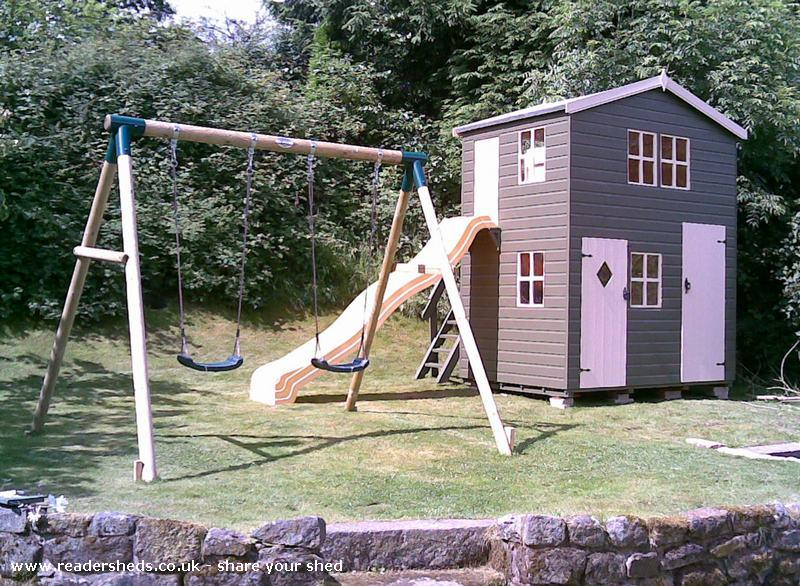 Heritage Two Storey Play Den