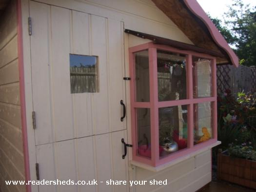 Callie and Lexie's Wendy house