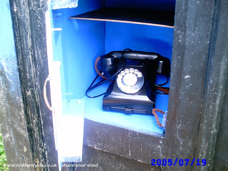 Photo of TheOldGirl, entry to Shed of the year-working 1950's bakelite telephone