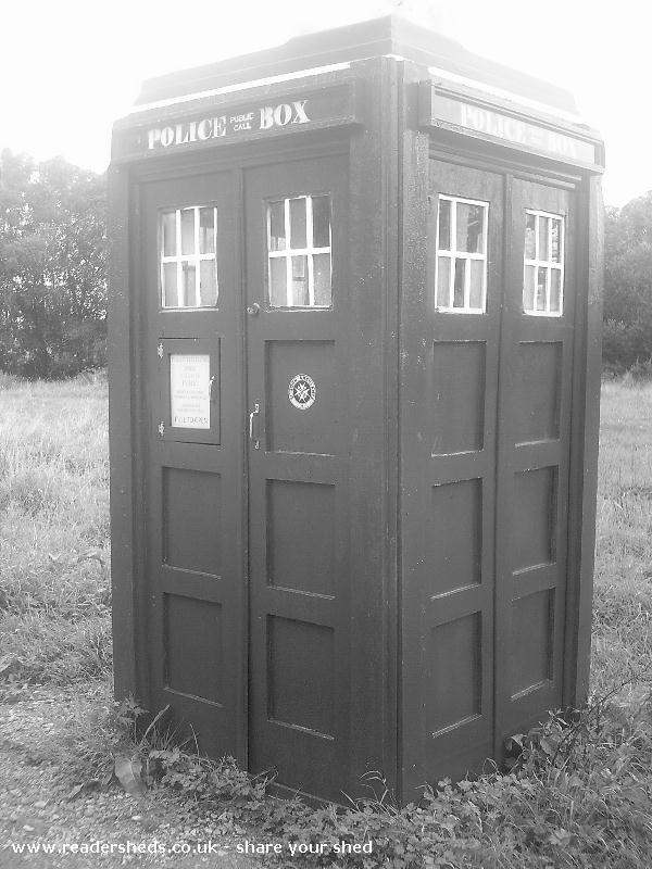 Photo of TheOldGirl, entry to Shed of the year-old look in black & white, needs new light li