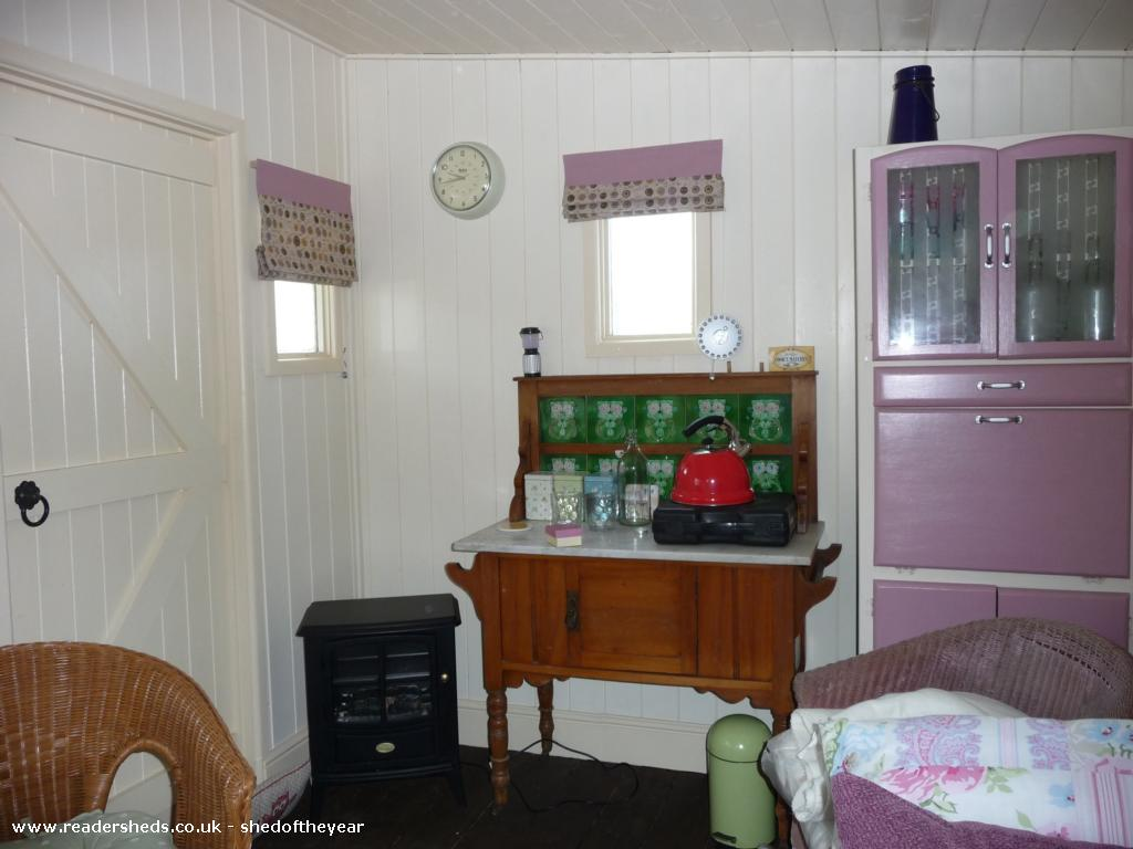 Photo of Mini Jeff, entry to Shed of the year-Kitchen