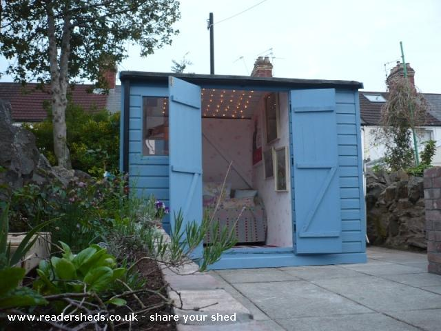 Photo of Mini Jeff, entry to Shed of the year-External shot doors open