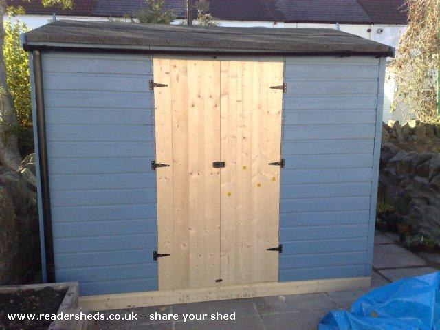 Photo of Mini Jeff, entry to Shed of the year-Shed with double doors