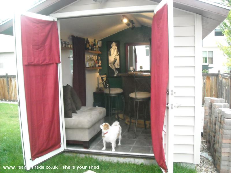 Photo of Marilyn's, entry to Shed of the year-Bill the Dog, in Marilyn's