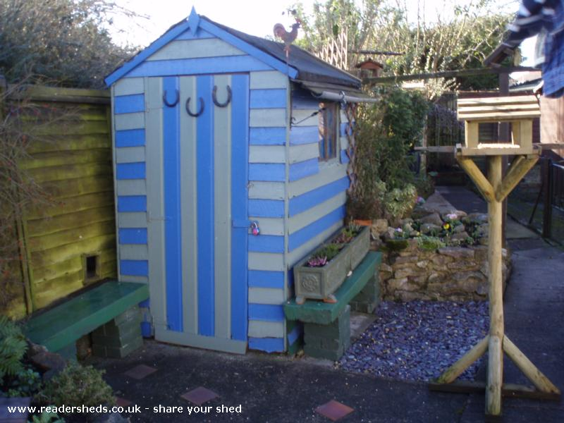 Stripey 2 60 min makeover shed