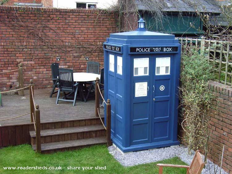 Bluebox type 40 unique from daventry northamptonshire for Garden shed jokes