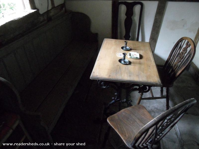 Photo of THE BOOT INN, entry to Shed of the year-le Table