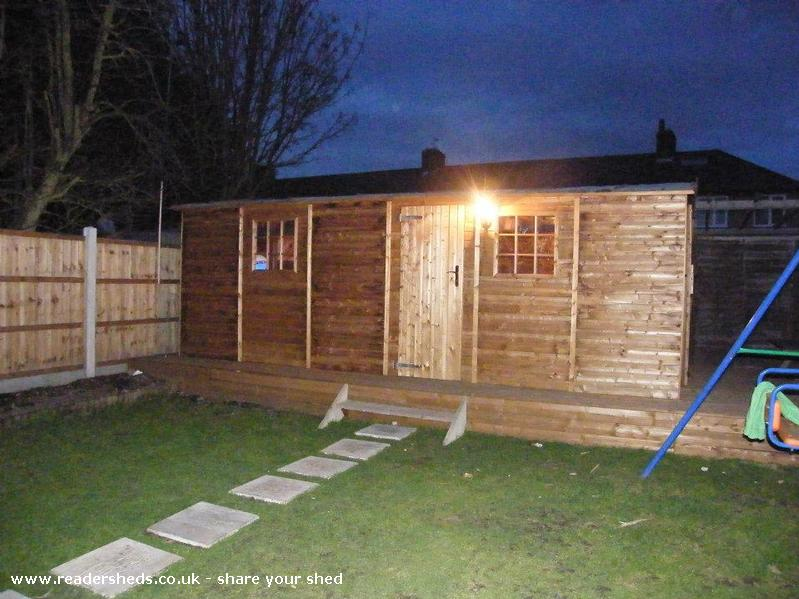 Photo of jons pub, entry to Shed of the year-out side