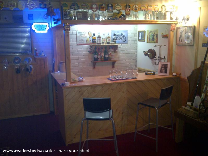 Bennys Bar