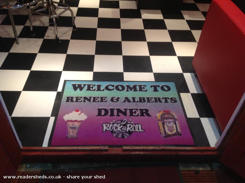 Renee & Alberts Diner