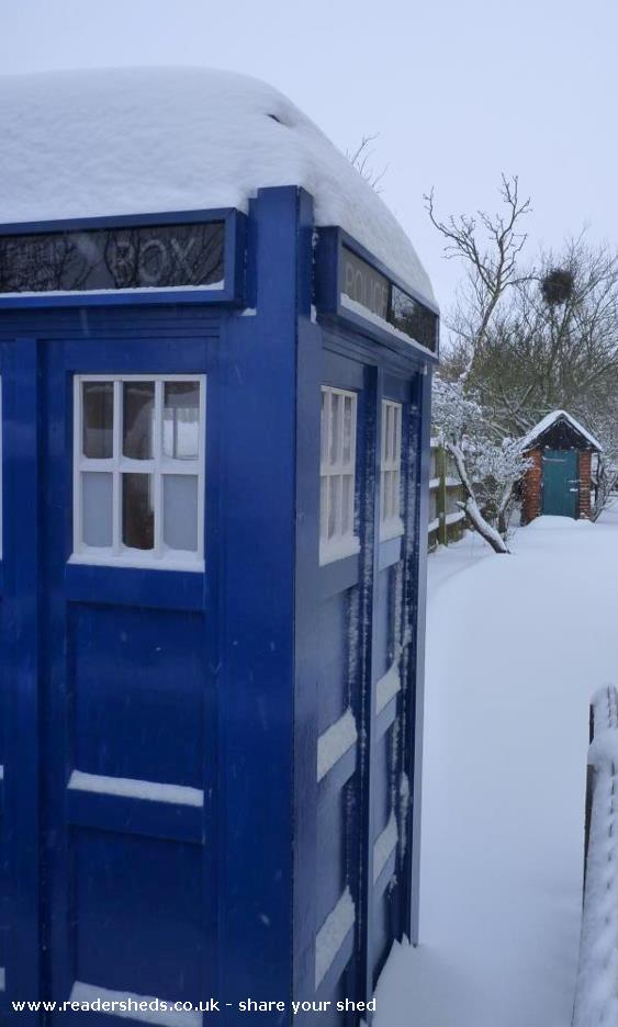 Mini Doctor's Tardis - Garden, Little Bentley