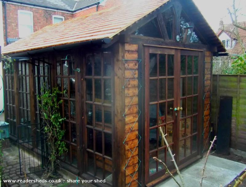 Gizmo - Neil Smith - Garden, Formby