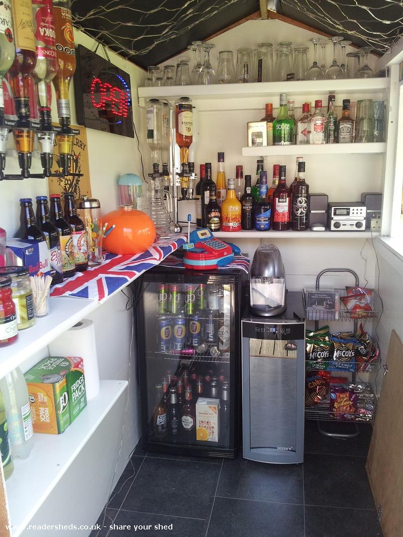 Photo of Austin's Bar, entry to Shed of the year
