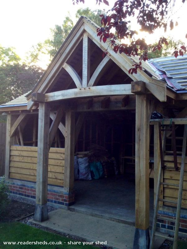 Oak framed shed - Rob Tugby - Garden