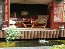 The Boma - Trudi Rankin - Bottom of garden