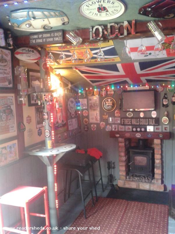 Gardeners Rest Pub Entertainment From Garden Owned By