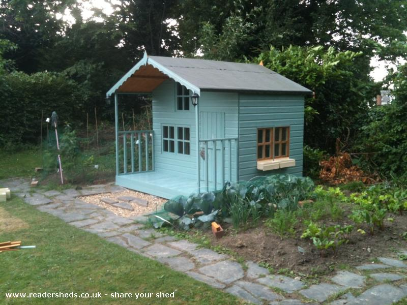 The allotment playhouse