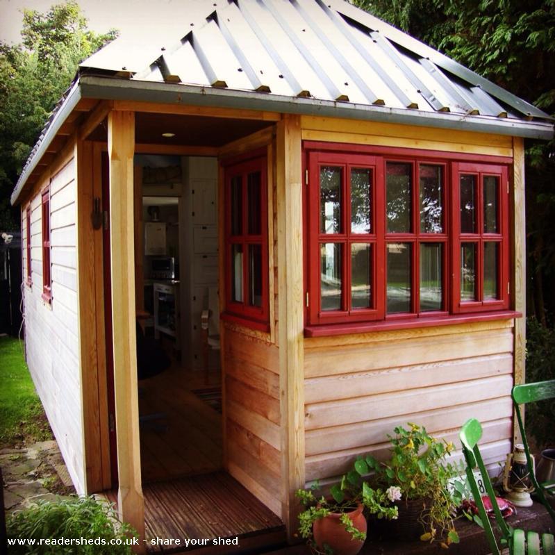 Trailhouse - Anthony Statham - Garden