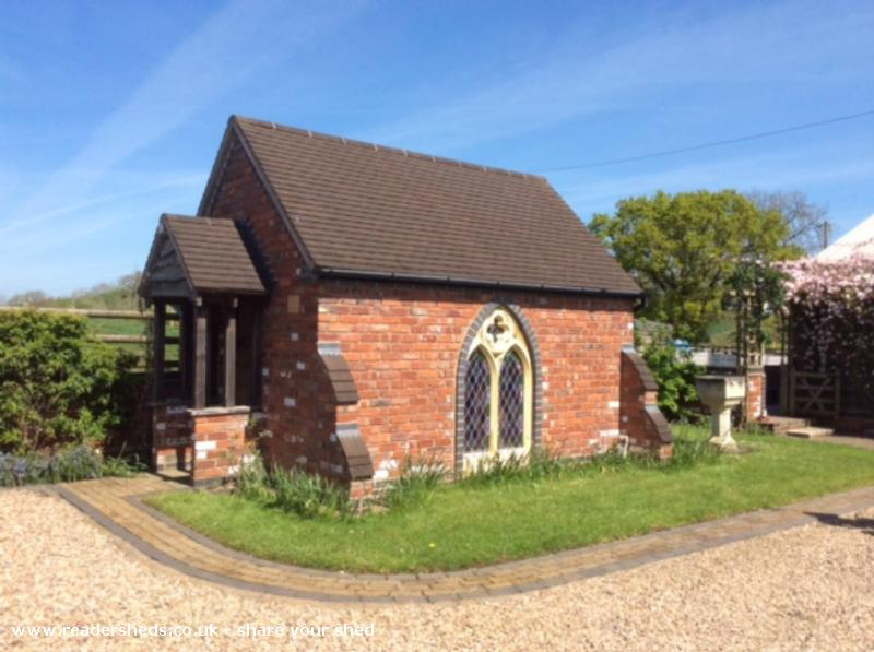 Chapel of The Three Crosses - Jon Richards - Front of house