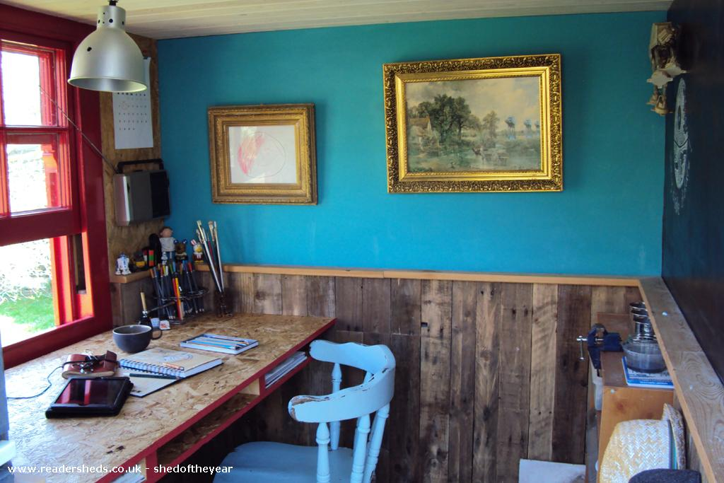 Photo of The poki, entry to Shed of the year-Desk