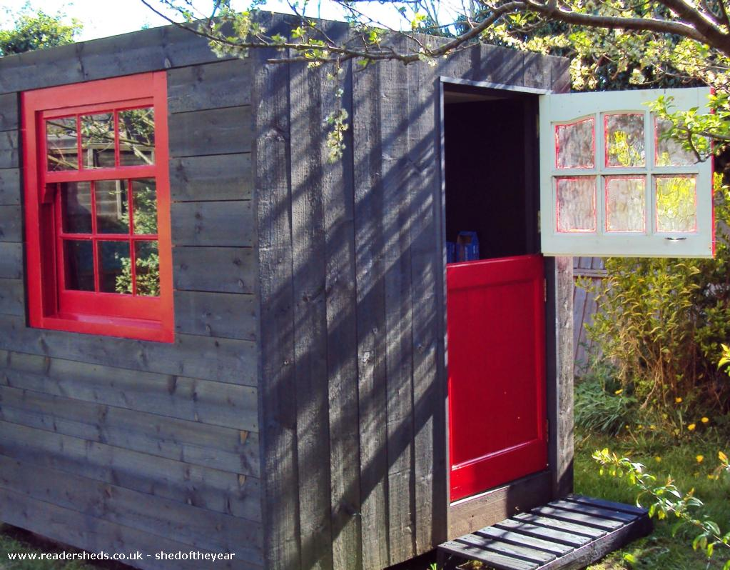 Photo of The poki, entry to Shed of the year-Stable door