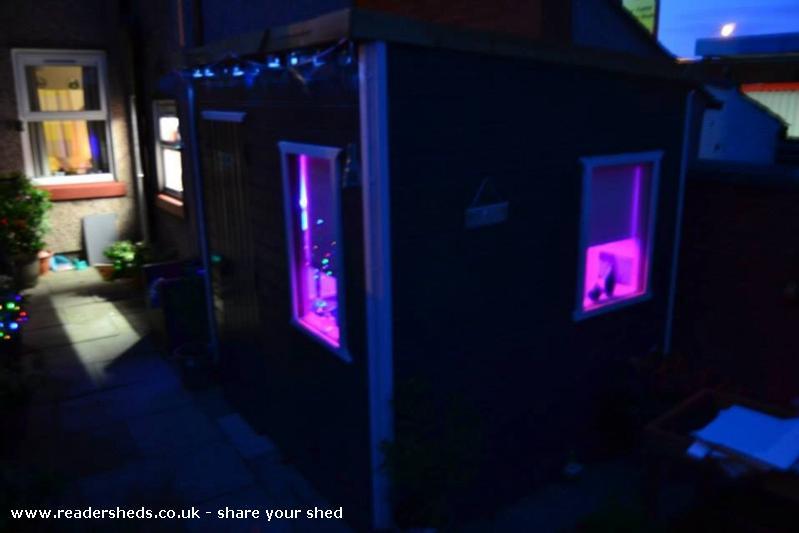 Studio - tom - Wigan