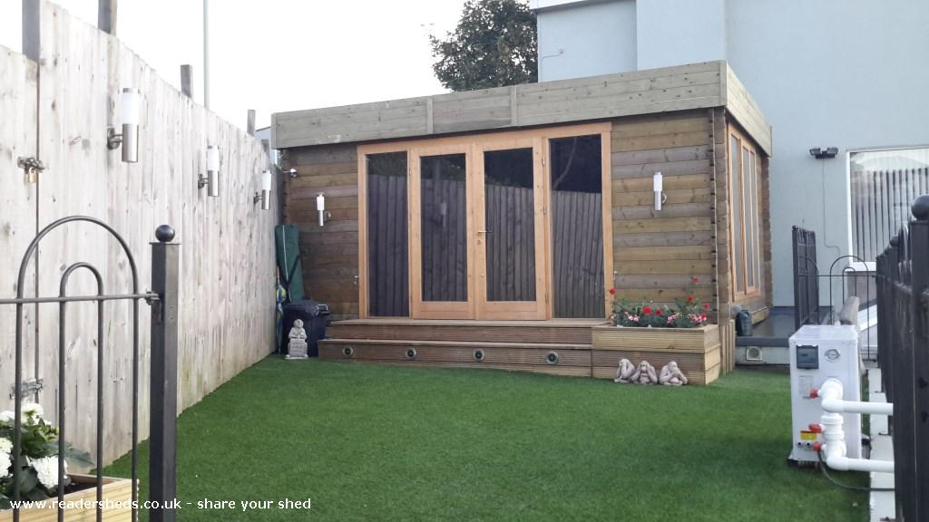 Perky's Retreat - Stuart Perkins - Garden
