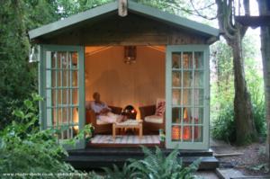 The lodge - Steve jones - In the fern garden