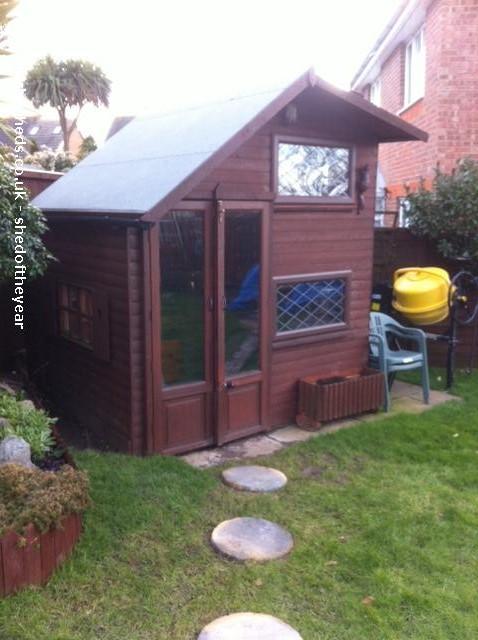 Roy's Garden Pub  - Sam Rouse  - Garden