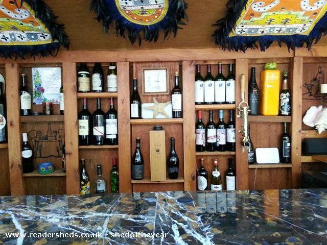 Margate Terrace Tiki Bar - Teresa Frith - Deck build over a 3 car garage