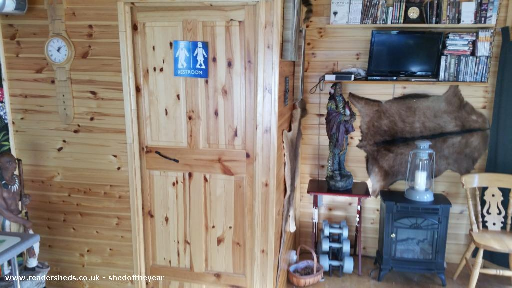 Photo of Moe's Retreat, entry to Shed of the year-all the comforts of home