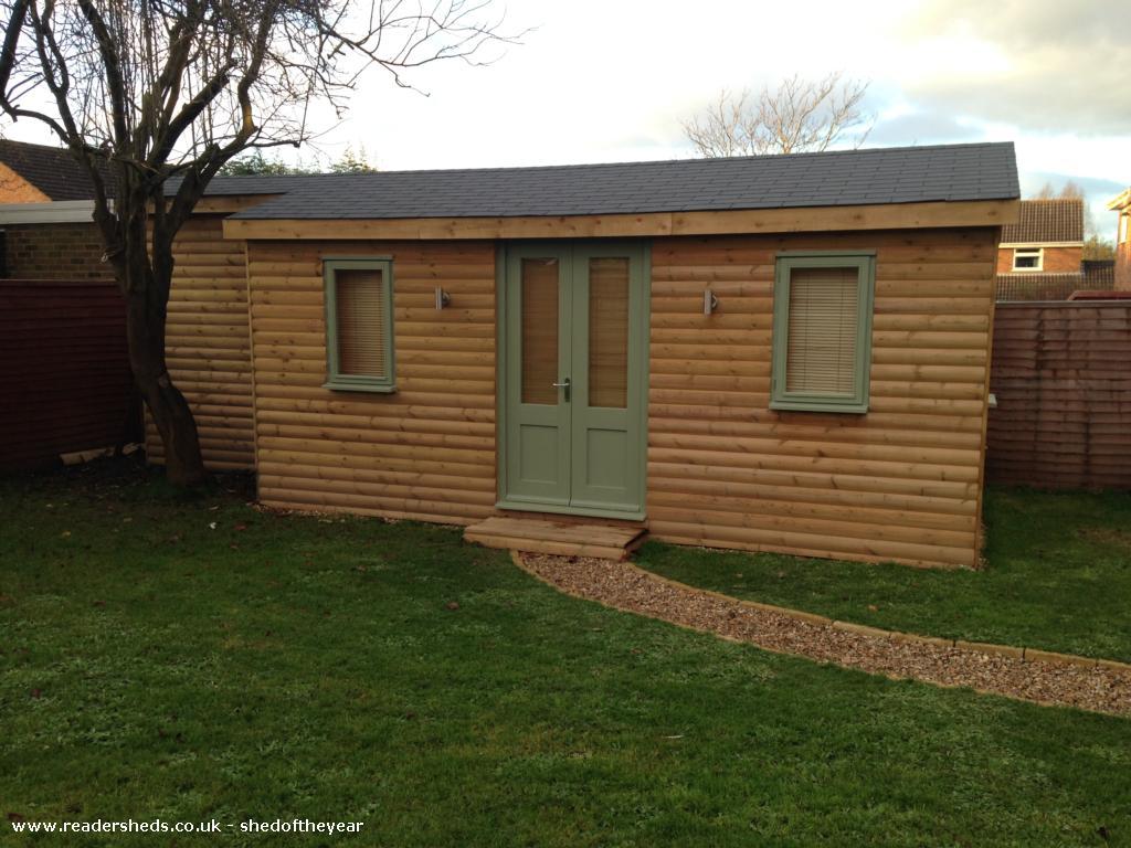 Laura's Lodge  - laura worgan  - garden