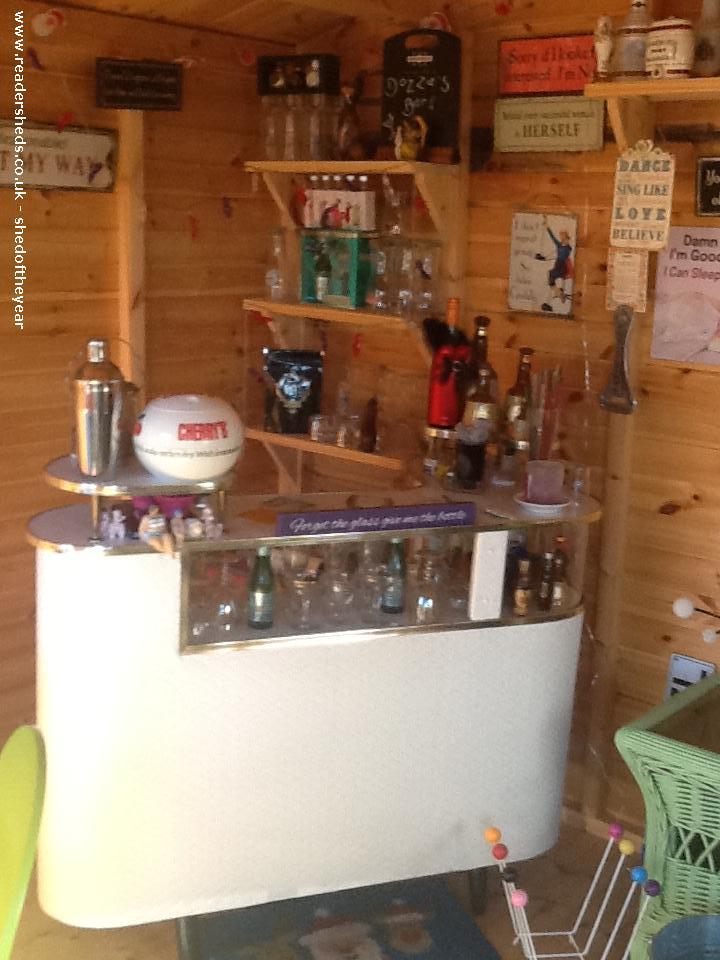 Dozza's Hut
