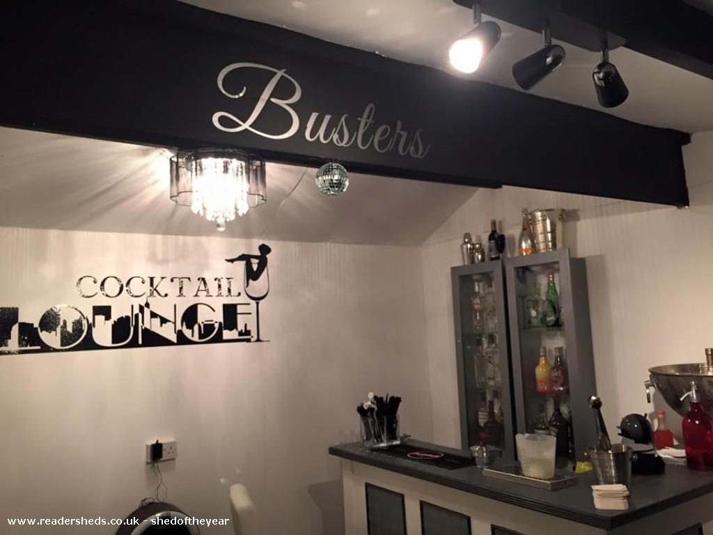 Busters Cocktail Bar