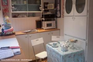 The Cake Studio - Kathryn Matthews  - Garden