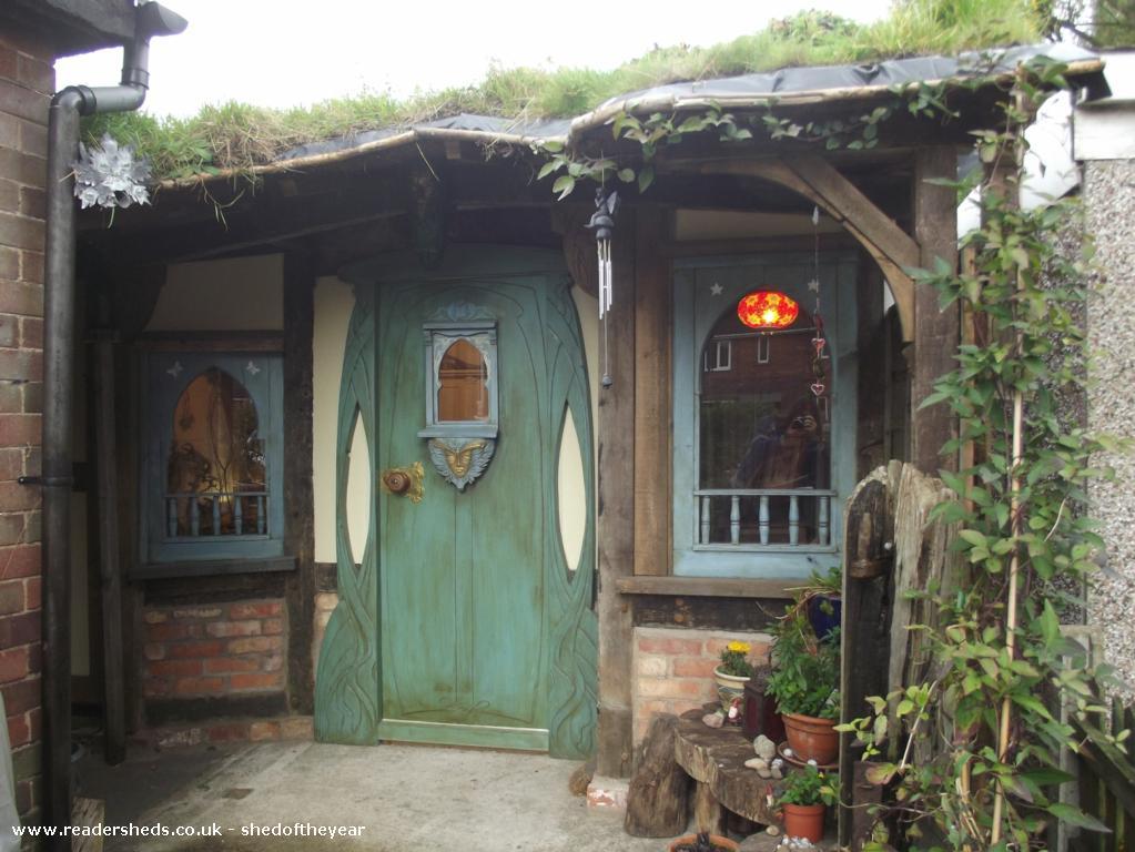 Hobbit Hole Studios Workshop Studio From Garden Owned By