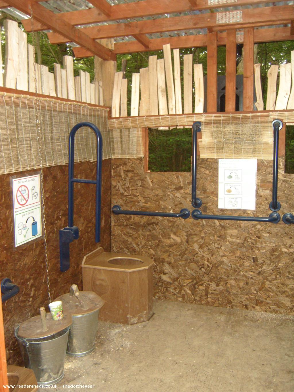 Fully accessible composting woodland toilet