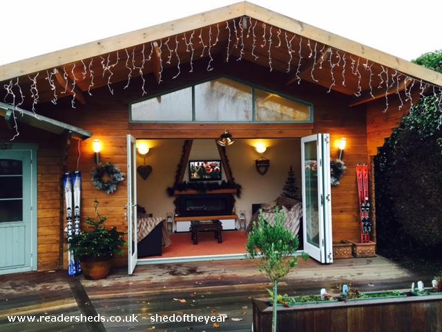 Chalet & Apres Bar Mount Blanc - Christopher Abbott - Garden