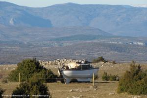 Le bateau de noel - Dermenghem Fabrice - Plateau du Larzac  34 520