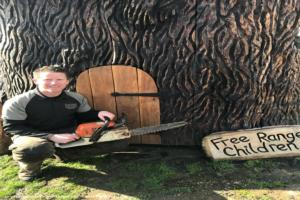 Tree Trunk House - Andy burgess - Garden
