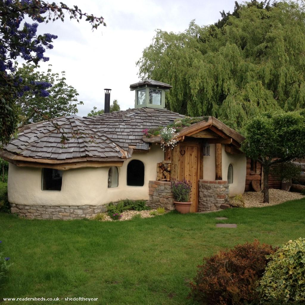 Photo of Hobbit House, entry to Shed of the year
