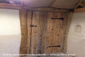 Hobbit House - Susan Price - Bottom of the garden