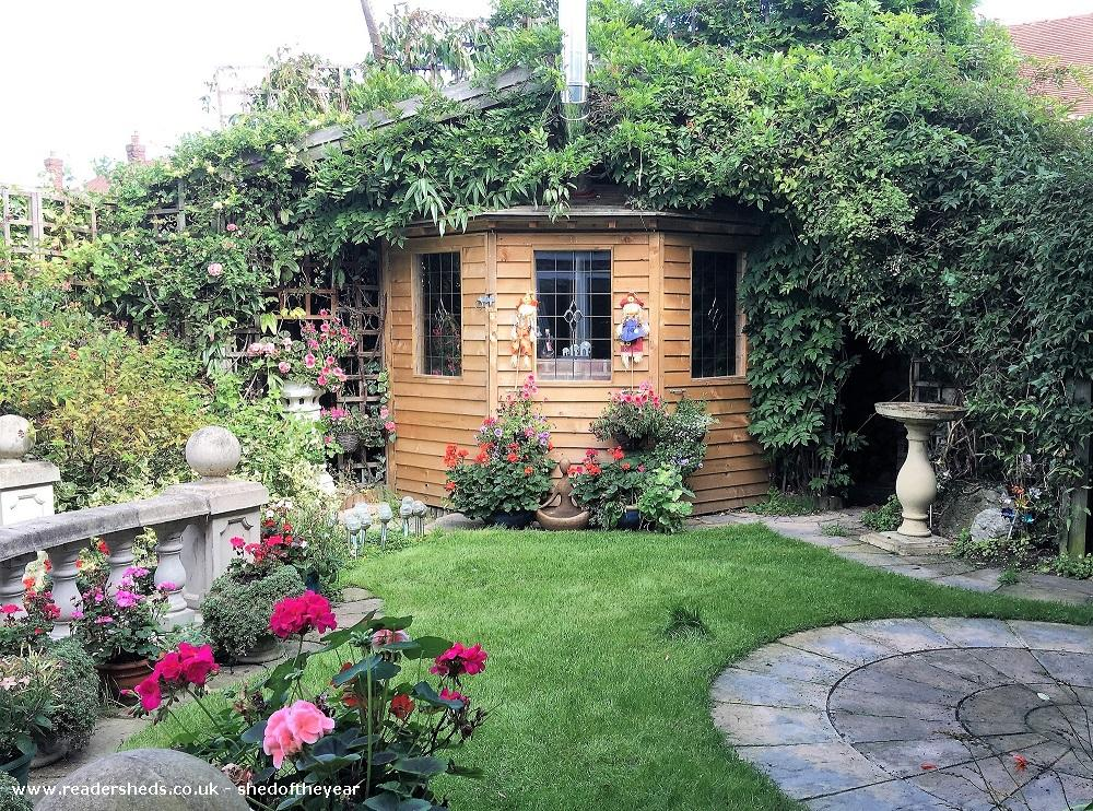Photo of Love Shack Argentum, entry to Shed of the year-Front garden view