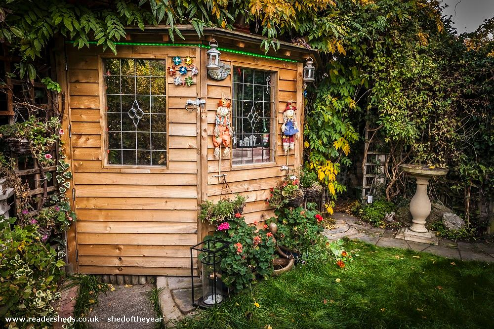 Photo of Love Shack Argentum, entry to Shed of the year-Autum view