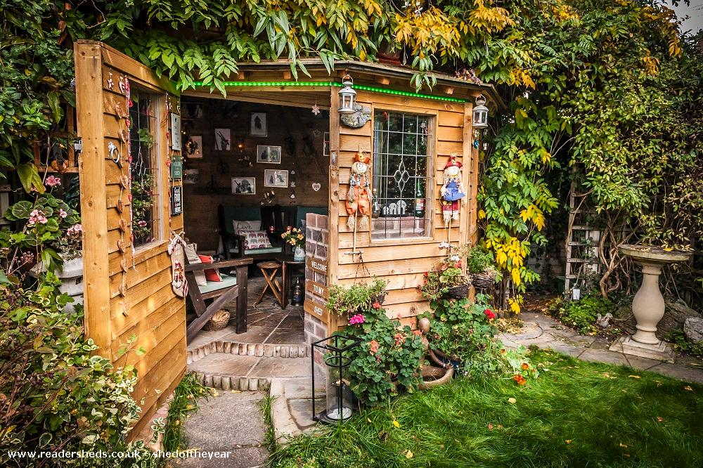 Photo of Love Shack Argentum, entry to Shed of the year-Garden Autum view with main door open
