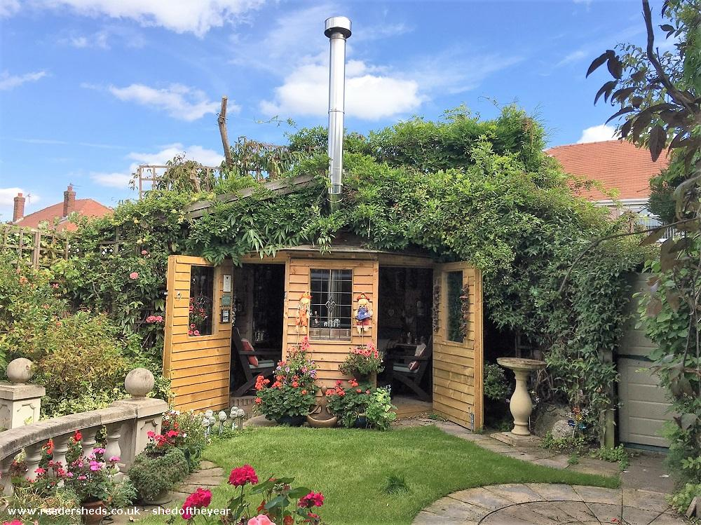 Photo of Love Shack Argentum, entry to Shed of the year-Summer garfden view with bot outside doors open