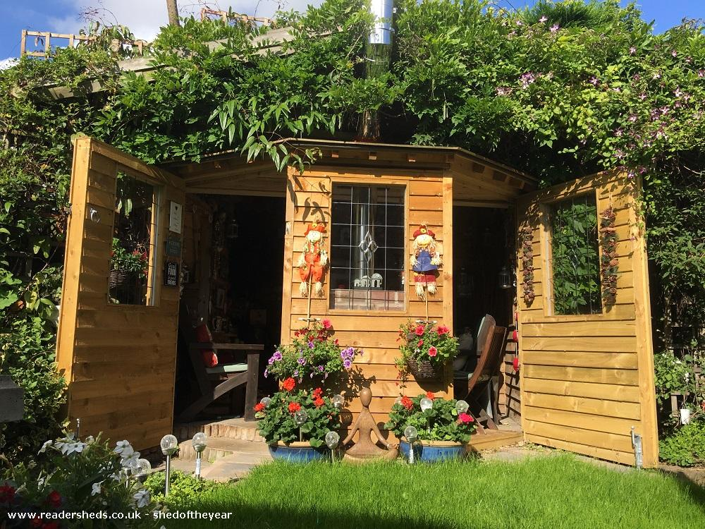 Photo of Love Shack Argentum, entry to Shed of the year-Summer view both outside doors open