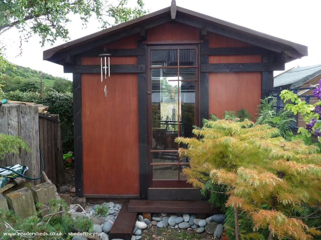 Japanese tea shed workshop studio from back garden owned for Japanese garden shed