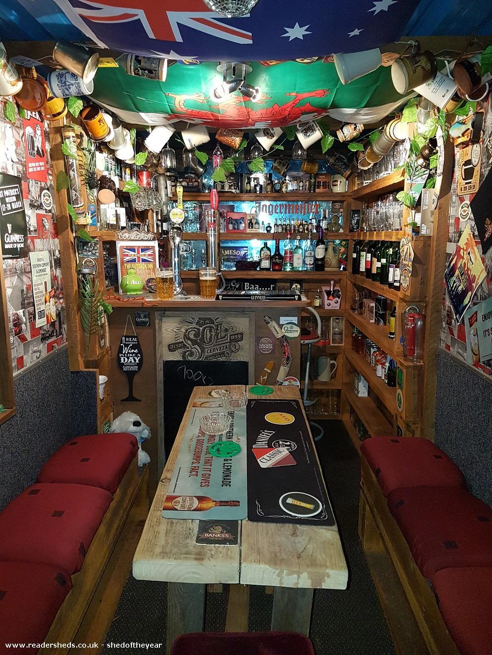 Outback Inn