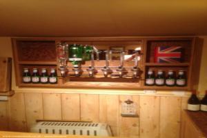 Bobs bar - Steve - Rear garden